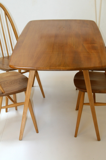Ercol 382 Plank Dining Table