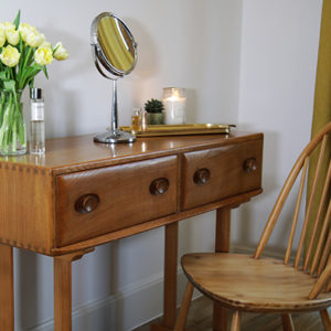 Ercol No. 530 Sideboard Dressing table
