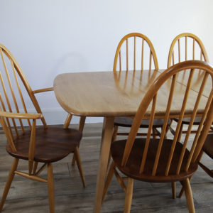 Ercol Grand Windsor Extending Dining Table